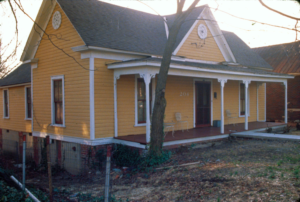 204 E Trinity Ave, 1981. (photo courtesy of Open Durham)